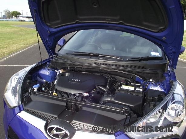 2012 Hyundai Veloster 030