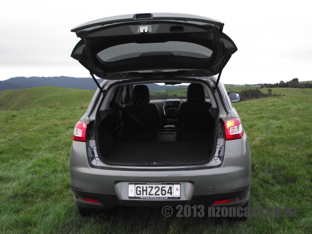 Peugeot 4008 051